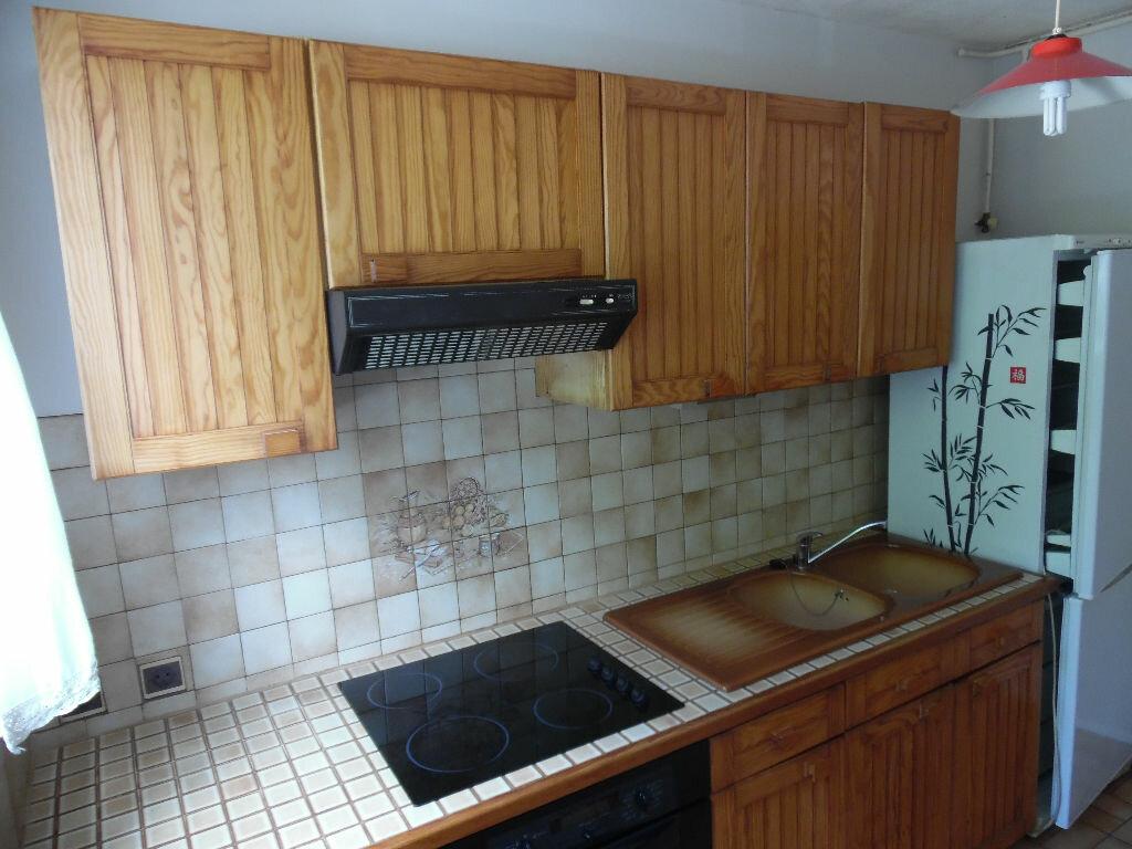 Location Appartement 4 pièces à Crosne - vignette-4