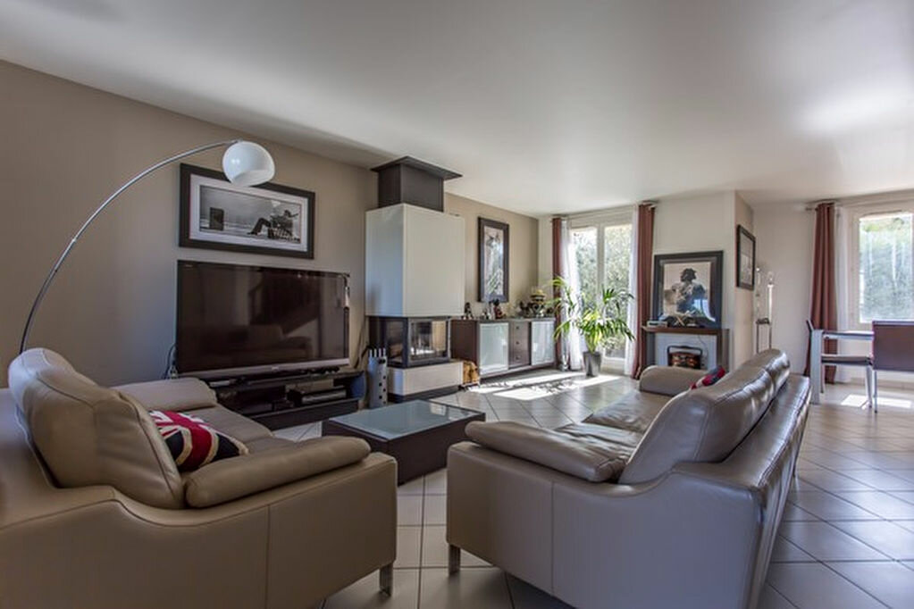 Achat Maison 6 pièces à Vigneux-sur-Seine - vignette-6