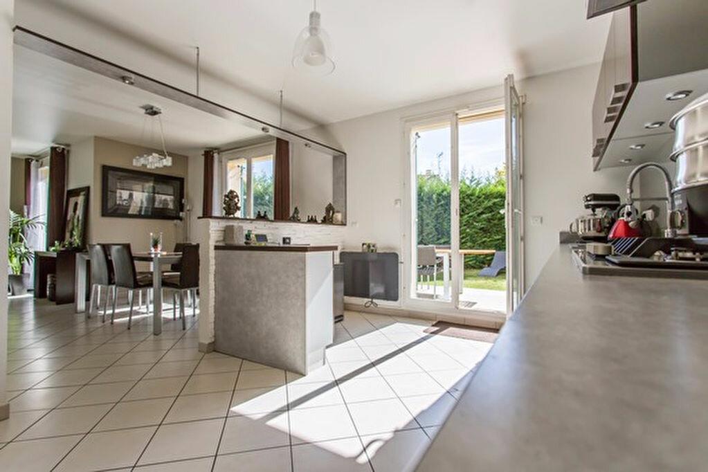Achat Maison 6 pièces à Vigneux-sur-Seine - vignette-9
