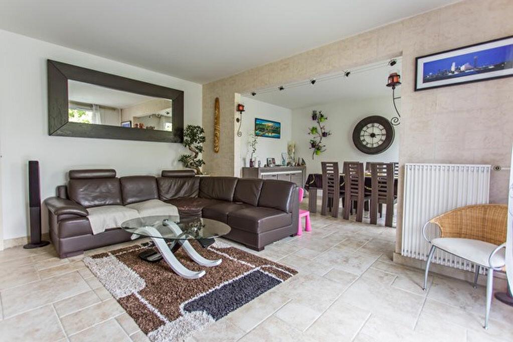 Achat Appartement 5 pièces à Yerres - vignette-1