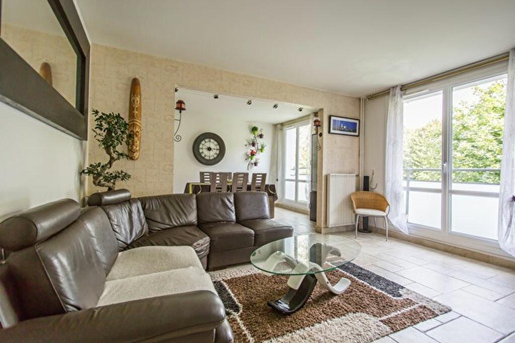 Achat Appartement 5 pièces à Yerres - vignette-3