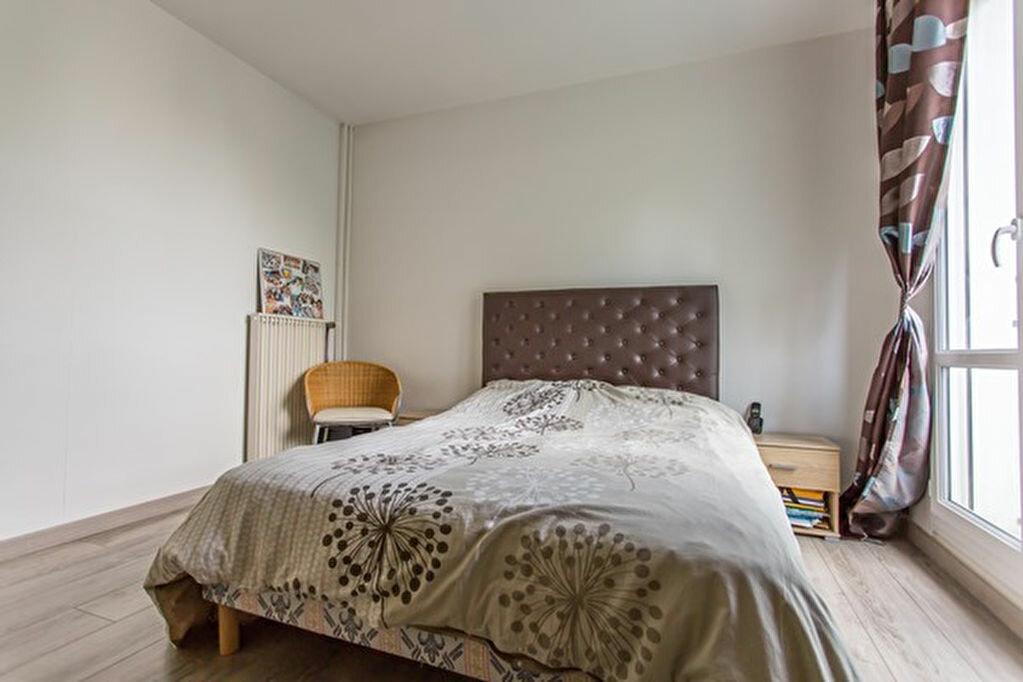 Achat Appartement 5 pièces à Yerres - vignette-4