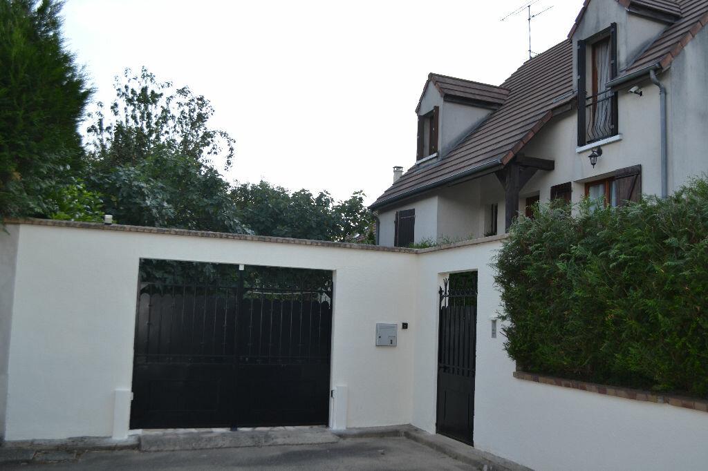 Achat Maison 7 pièces à Saint-Germain-lès-Arpajon - vignette-1