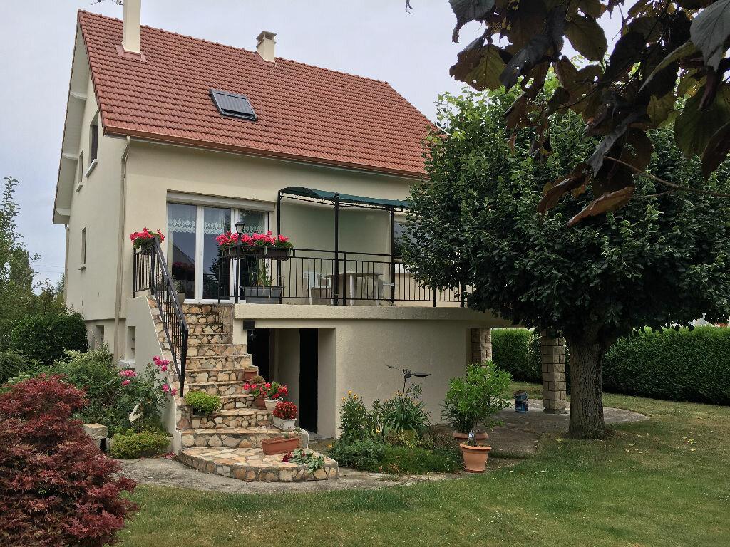 Achat Maison 6 pièces à Leuville-sur-Orge - vignette-1