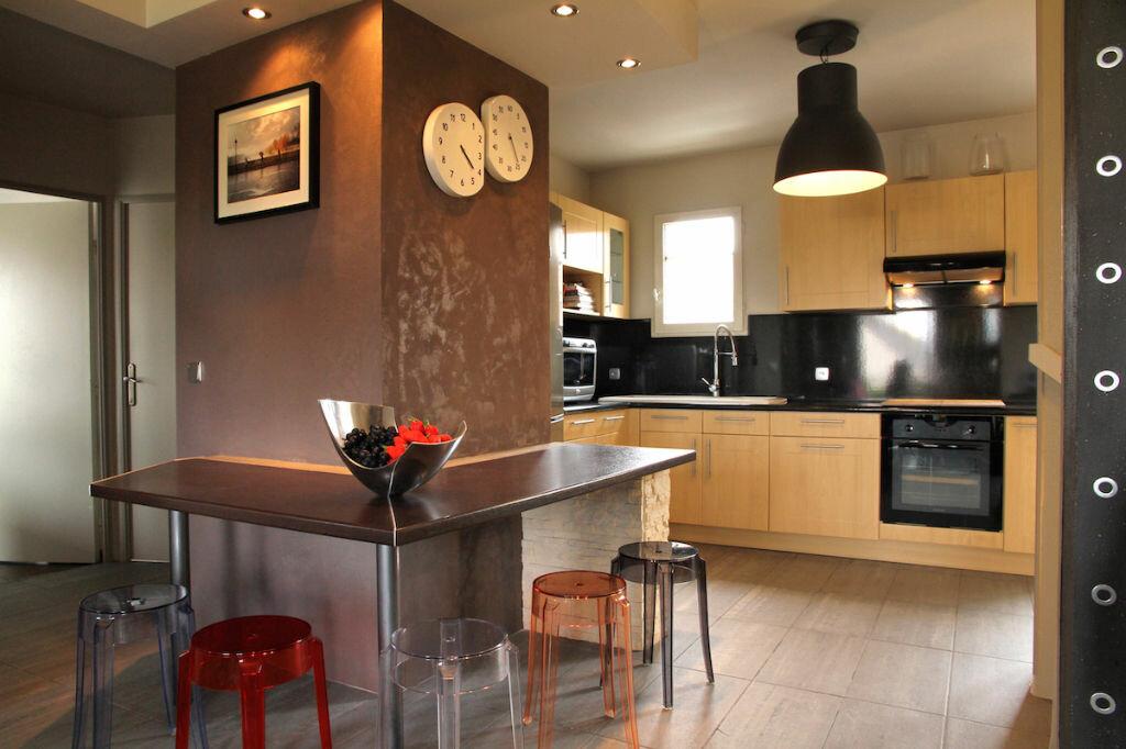 Achat Appartement 5 pièces à Longpont-sur-Orge - vignette-2