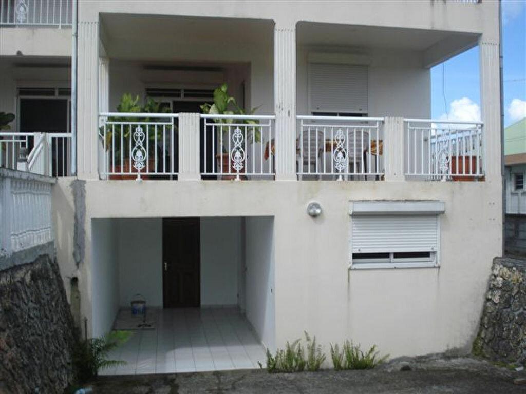 Location Appartement 3 pièces à Baie-Mahault - vignette-1