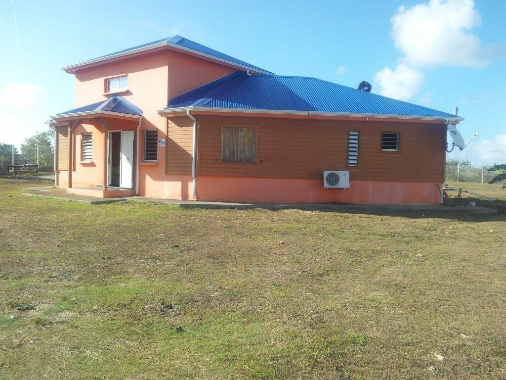 Location Maison 5 pièces à Port-Louis - vignette-6