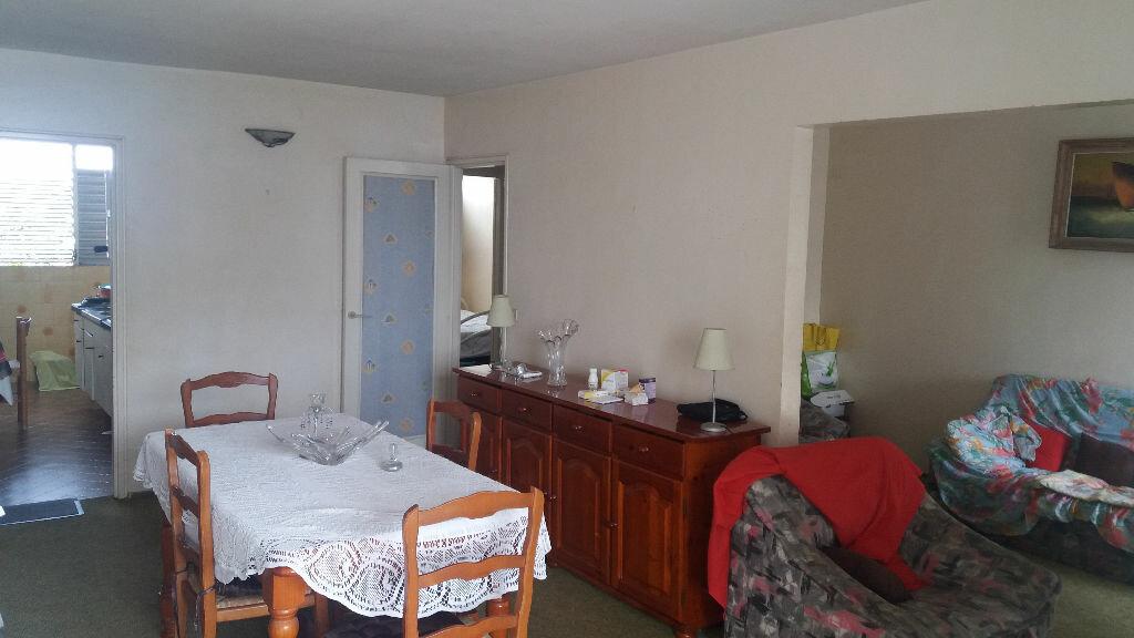 Achat Appartement 5 pièces à Pointe-à-Pitre - vignette-1