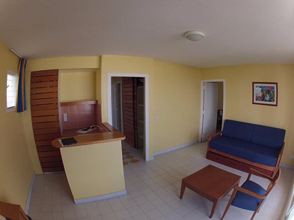 Achat Appartement 2 pièces à Saint-Hernin - vignette-4