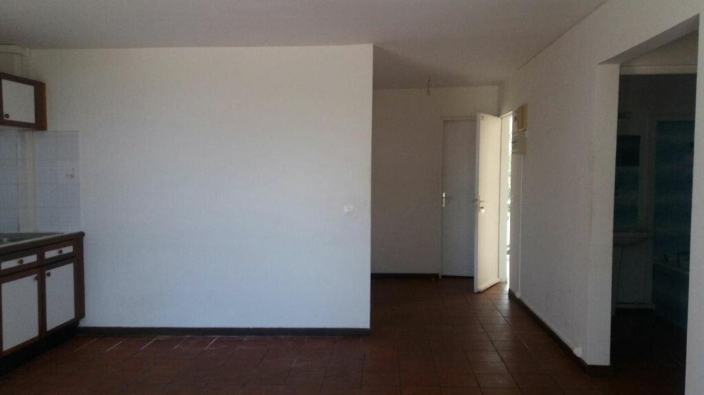 Achat Appartement 3 pièces à Le Gosier - vignette-1