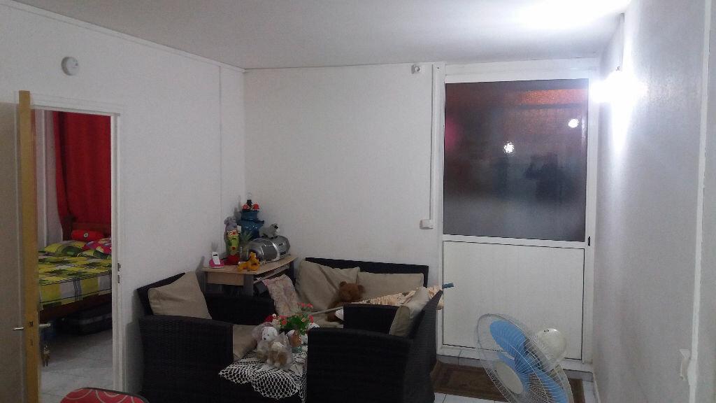 Achat Appartement 3 pièces à Les Abymes - vignette-1