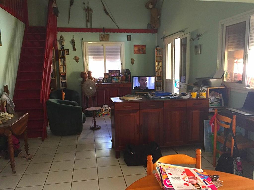 Achat Maison 5 pièces à Saint-François - vignette-7