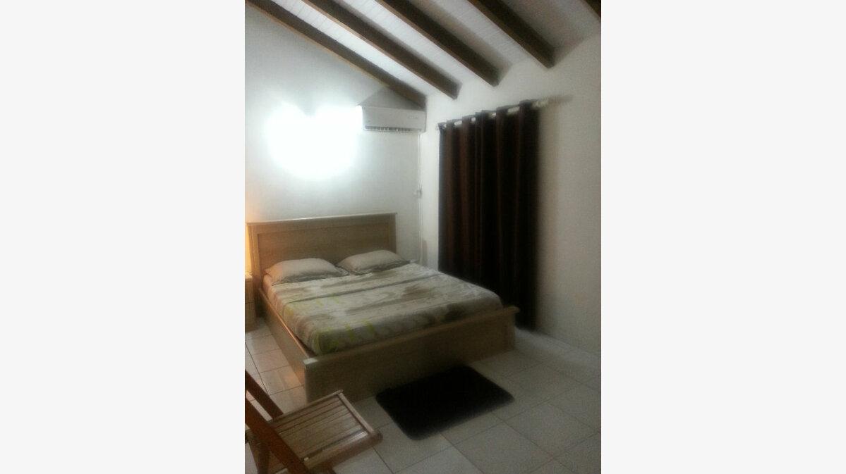 Location Appartement 4 pièces à Les Abymes - vignette-2