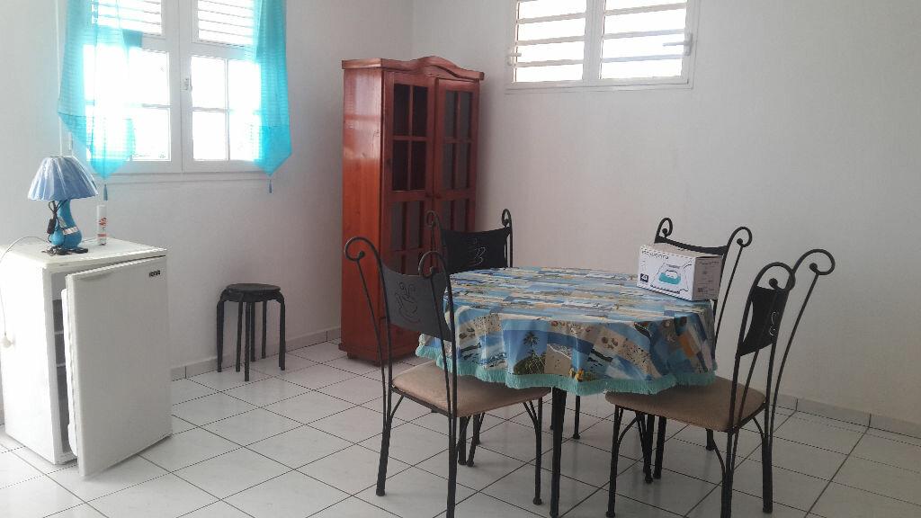 Location Appartement 1 pièce à Le Gosier - vignette-4