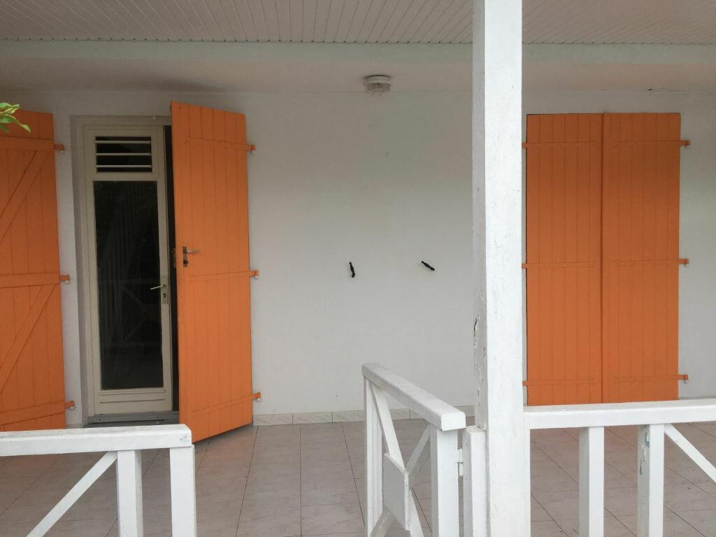 Achat Maison 4 pièces à Baie-Mahault - vignette-2