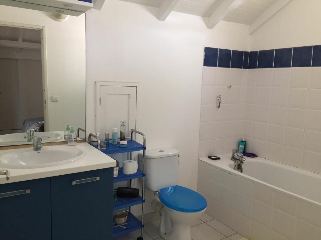 Achat Appartement 2 pièces à Baie-Mahault - vignette-4