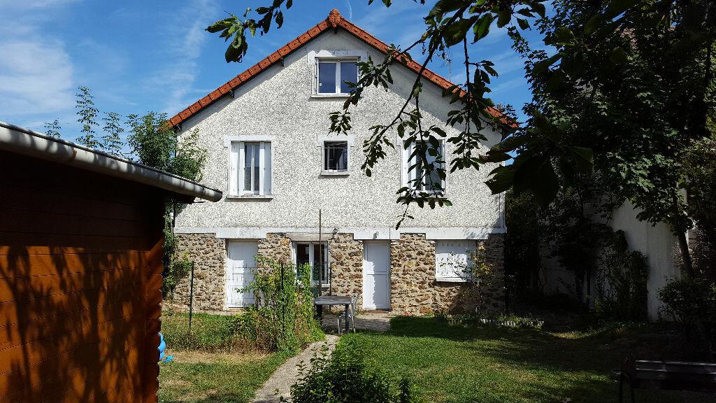 Achat Maison 4 pièces à Ormesson-sur-Marne - vignette-1