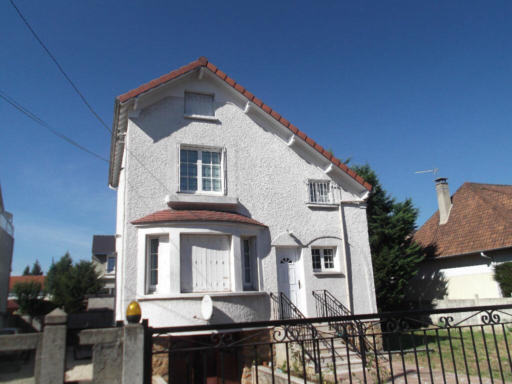 Location Appartement 2 pièces à Ormesson-sur-Marne - vignette-1