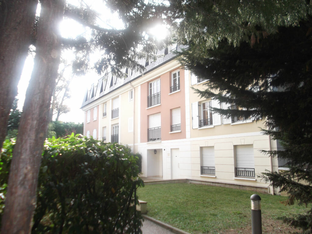 Location appartement 37 t chennevi res sur marne 748 for Agence orpi location
