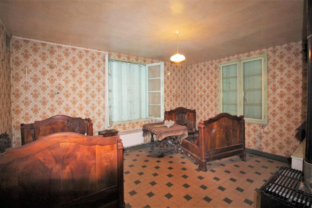 Achat Maison 4 pièces à Oinville-Saint-Liphard - vignette-4