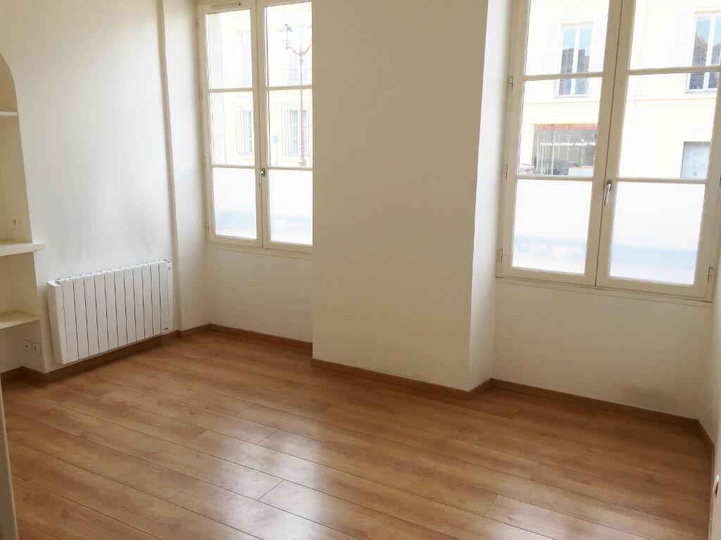Location Appartement 2 pièces à Versailles - vignette-1
