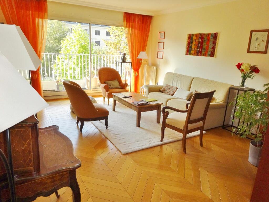 Achat Appartement 5 pièces à Versailles - vignette-1