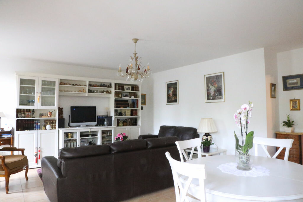 Achat Appartement 4 pièces à Arcueil - vignette-2