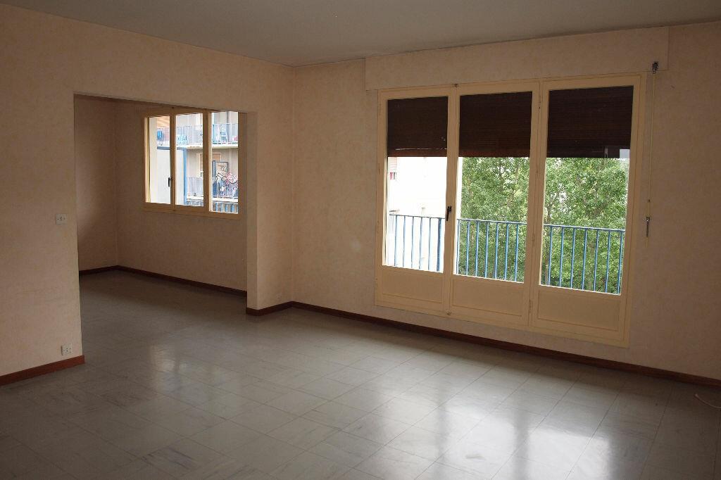 Achat Appartement 4 pièces à Mantes-la-Jolie - vignette-2