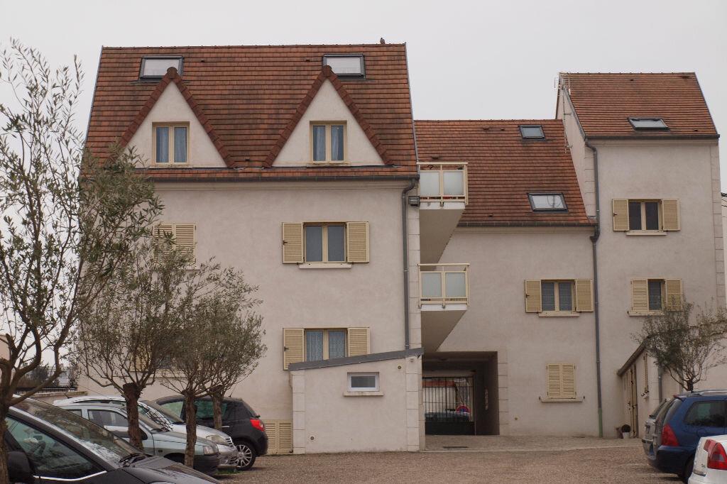 Location Stationnement  à Mantes-la-Ville - vignette-2