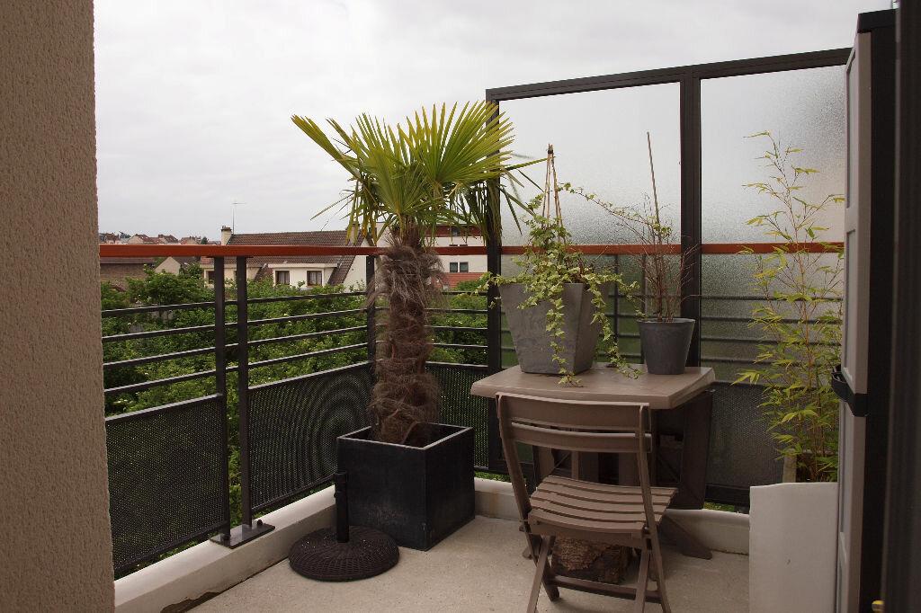 Achat Appartement 4 pièces à Mantes-la-Jolie - vignette-1
