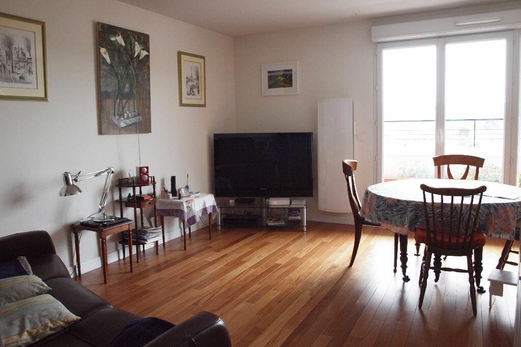 Achat Appartement 4 pièces à Mantes-la-Ville - vignette-1