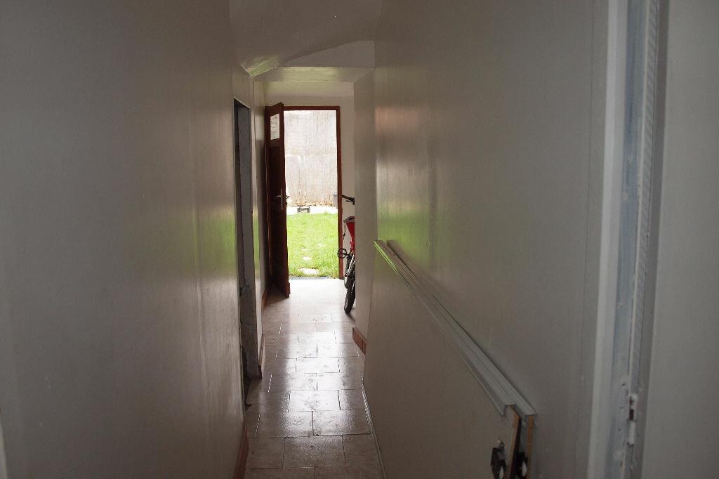 Achat Appartement 2 pièces à Mantes-la-Jolie - vignette-2