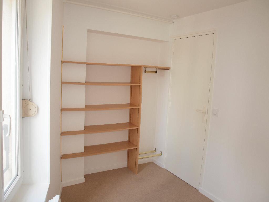 Achat Appartement 2 pièces à Meulan-en-Yvelines - vignette-6
