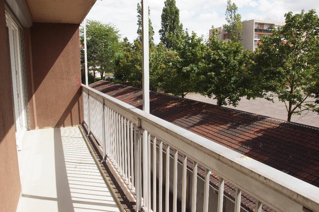 Achat Appartement 3 pièces à Mantes-la-Jolie - vignette-3