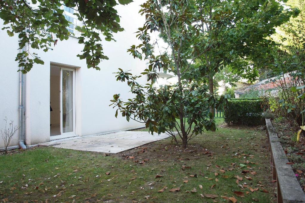 Achat Appartement 4 pièces à Mantes-la-Jolie - vignette-3