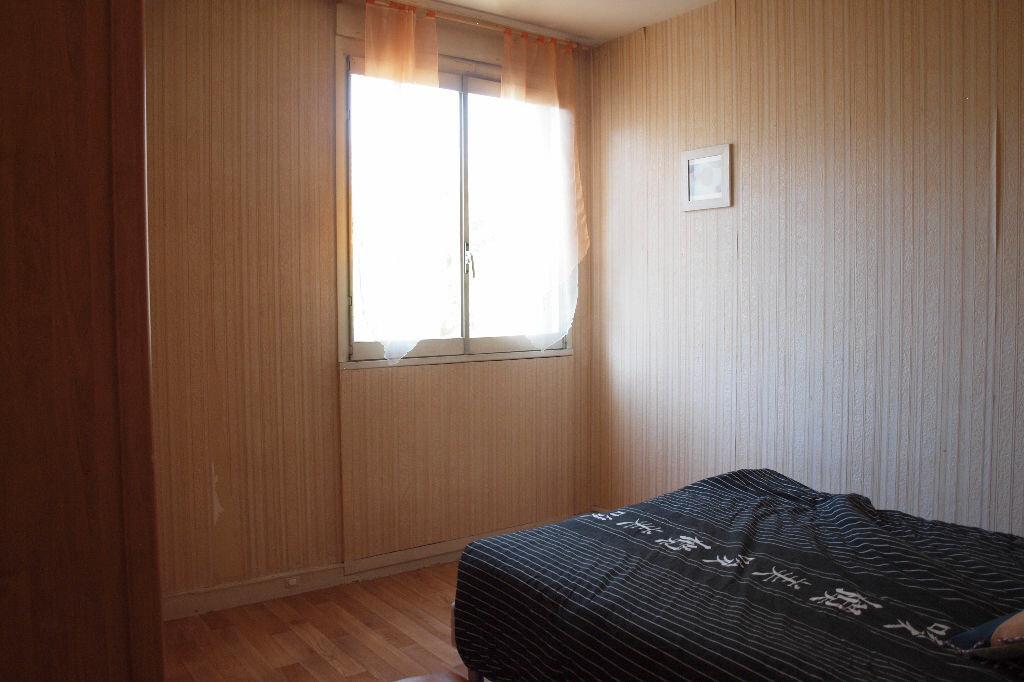 Achat Appartement 4 pièces à Mantes-la-Ville - vignette-5
