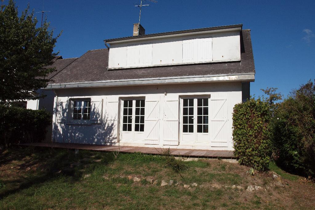 Location Maison 6 pièces à Rosny-sur-Seine - vignette-1