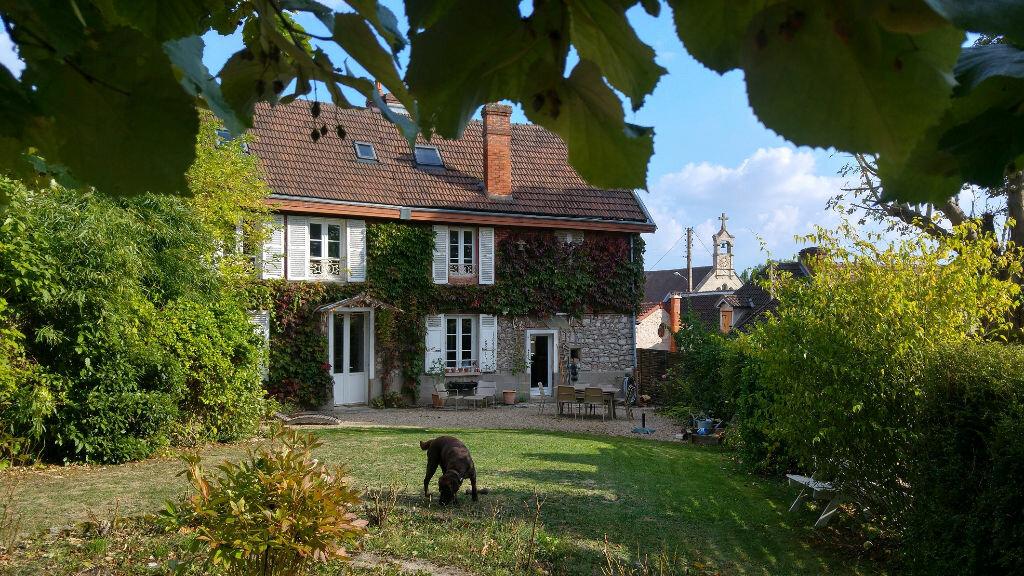 Achat Maison 9 pièces à Fontenay-Saint-Père - vignette-1