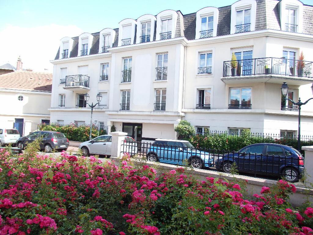 Achat Appartement 3 pièces à Saint-Gratien - vignette-1