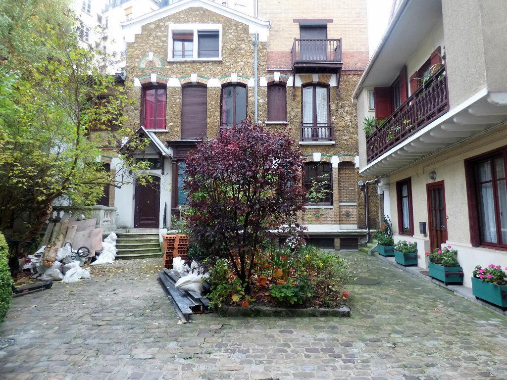 Achat Appartement 3 pièces à Paris 18 - vignette-1