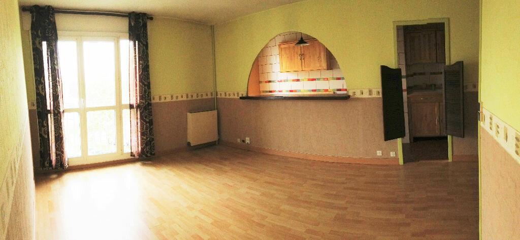 Location Appartement 3 pièces à Les Ulis - vignette-1