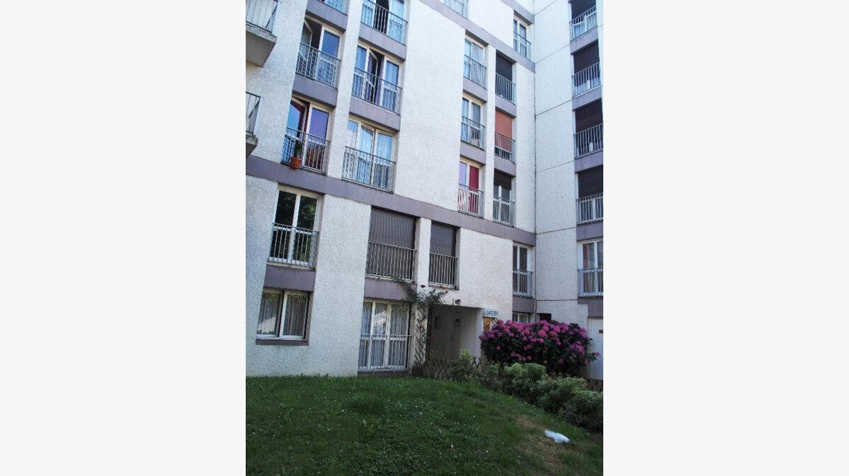Location Appartement 2 pièces à Les Ulis - vignette-1