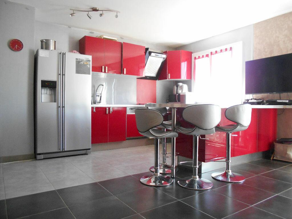Achat Appartement 4 pièces à Les Ulis - vignette-1