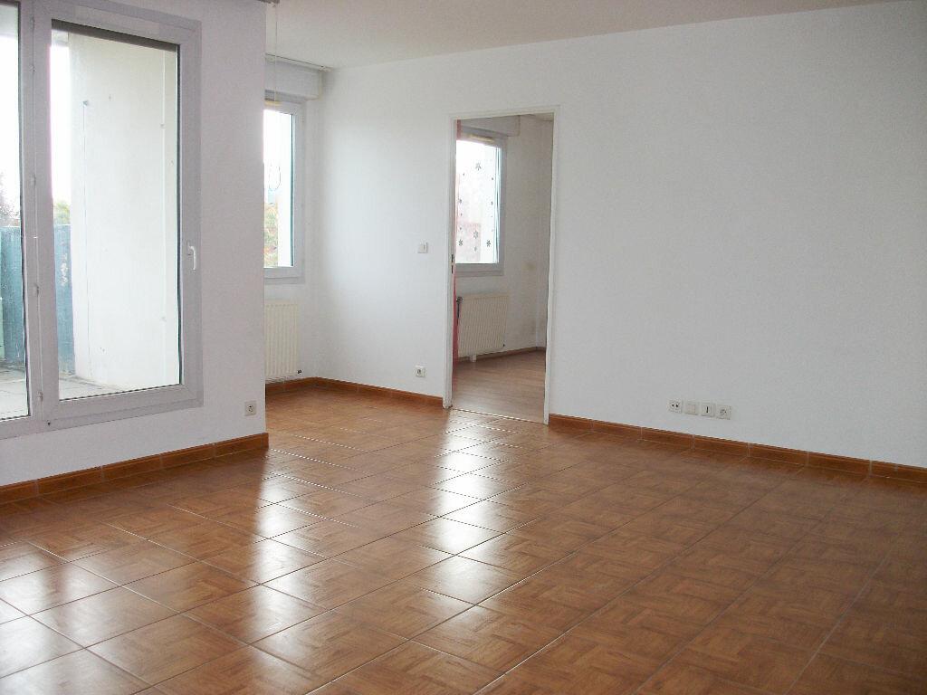Achat Appartement 4 pièces à Les Ulis - vignette-3