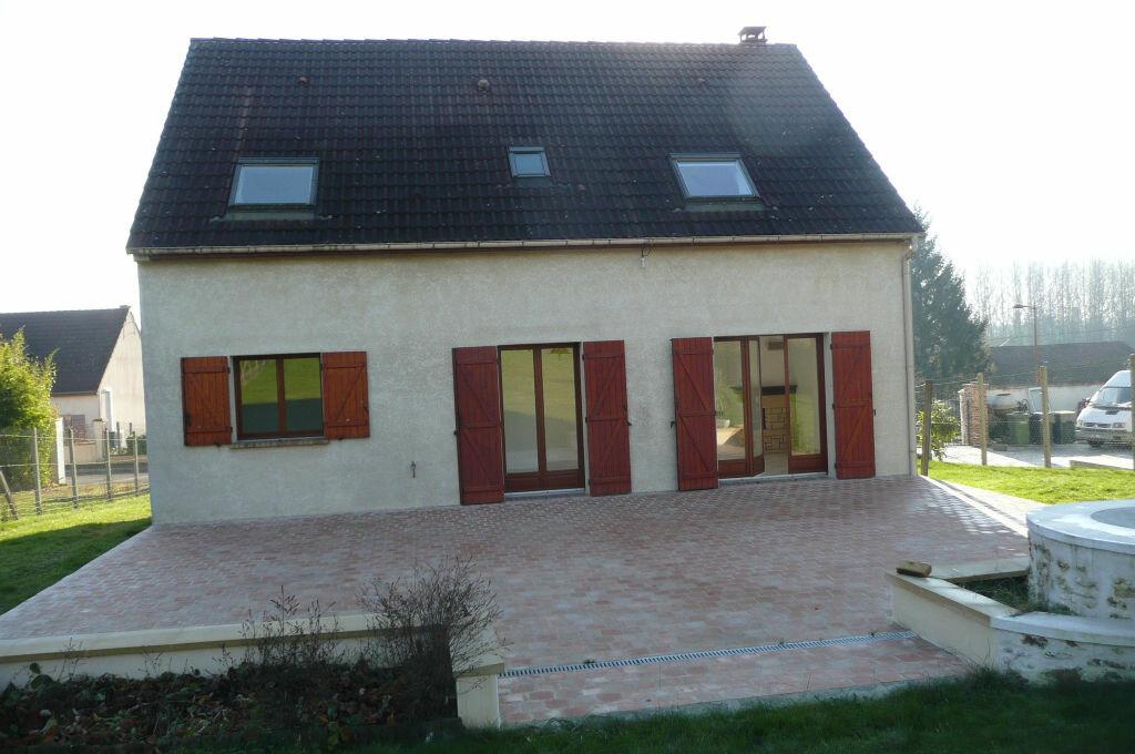 Location Maison 6 pièces à Boissy-le-Châtel - vignette-1