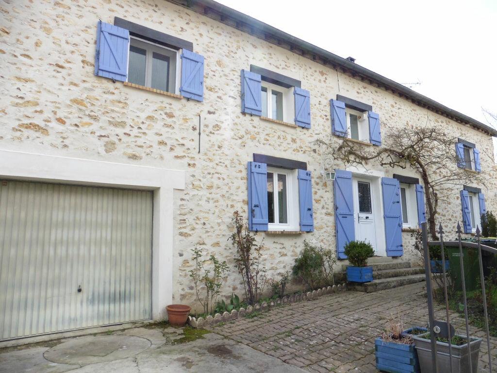 Achat Maison 8 pièces à Jouy-sur-Morin - vignette-1