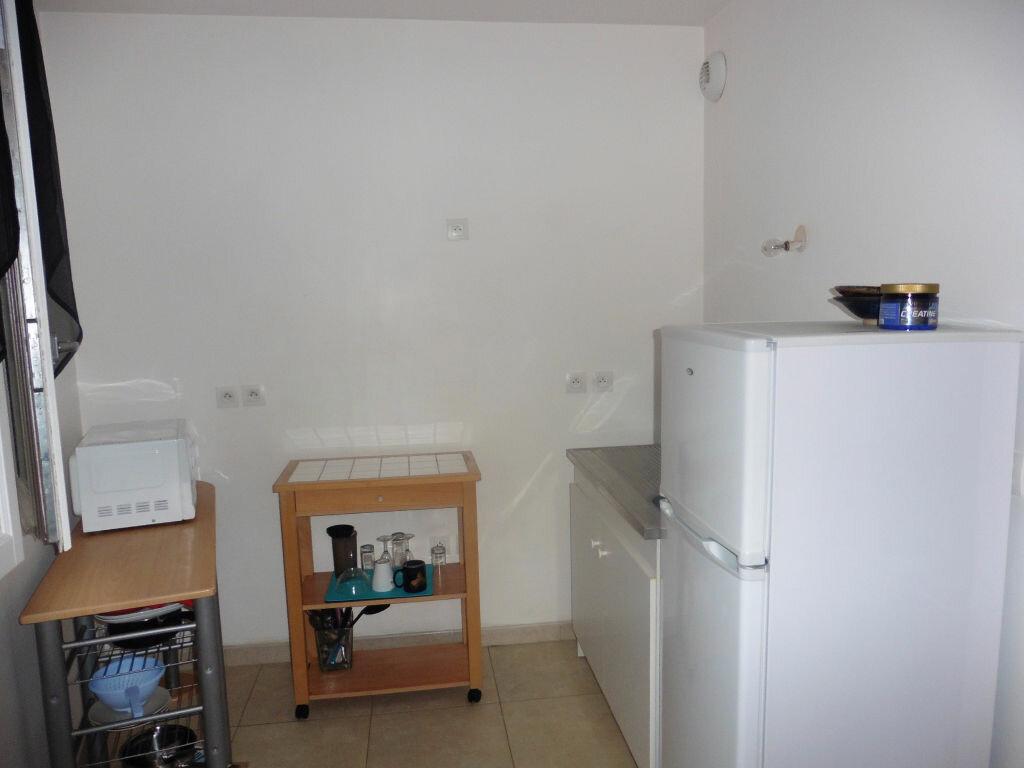 Achat Appartement 2 pièces à Coulommiers - vignette-4