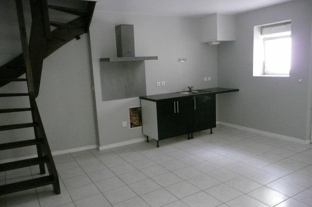Location Appartement 4 pièces à Coulommiers - vignette-1