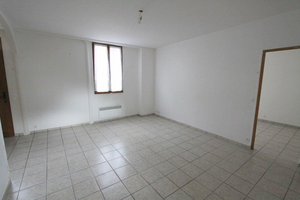Achat Appartement 2 pièces à Les Mureaux - vignette-1