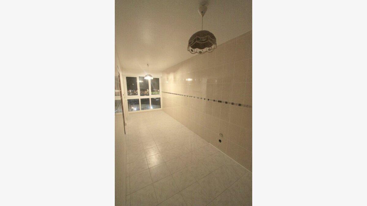 Location Appartement 4 pièces à Les Mureaux - vignette-1